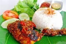 Ayam Gambar Nasi Ayam Goreng Lalapan
