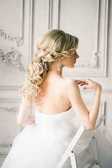 20 awesome half up half down wedding hairstyle ideas elegantweddinginvites com blog