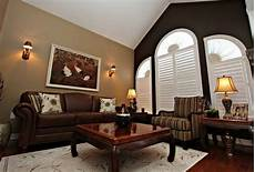 which paint color goes with brown furniture photos of the remodelling your room by paint