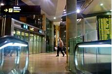mietwagen valencia flughafen taking the metro to and from valencia airport