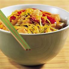 rezept mit kokosmilch currynudeln mit kokosmilch rezept k 252 cheng 246 tter
