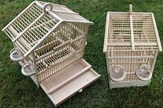 vendita gabbie per canarini canarini torino gabbiette artigianali e voliere in legno