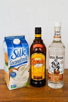 easy non dairy coconut white russian cocktail recipe with rum