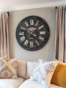 wohnzimmer uhren antique clock in living room hgtv