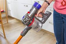 dyson v8 absolute im test was leistet der luxus