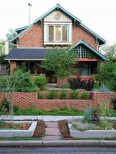 exterior paint colors with brick