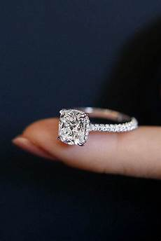 24 solitaire engagement rings for oh so