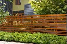 Machen Sie Ihren Gartenzaun Aus Holz Wetterfest Pflegetipps