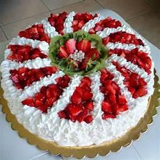 torta margherita con crema pasticcera e fragole torta margherita farcita con crema pasticcera e fragole tortamargherita tortafiore