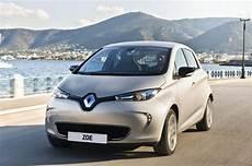 la meilleur voiture electrique la renault zoe 233 lue meilleure voiture 233 lectrique 2017 au