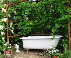 This White Shed Bathtub Al Fresco