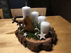 Adventsgesteck Weihnachtsdeko Baumscheiben Deko