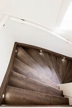 led spots treppe die m 246 glichkeiten einer warmen led beleuchtung f 252 r ihre treppe