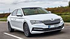 skoda superb iv im test in in der limousine was