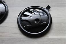 privatverkauf 2x original skoda emblem in lc9p monte