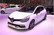 Renault Clio Rs Trophy 2015 Le Sport 224 Tout Prix Pour