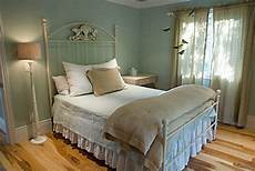 Paint Colors For Guest Bedroom