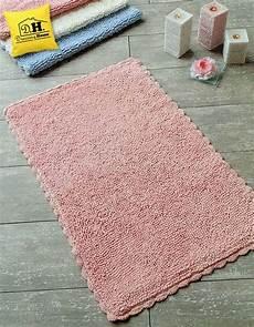 tappeti shabby chic tappeto bagno rettangolare con delicato bordo crochet tono