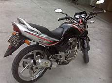 Honda Tiger 2000 Modif Simple by Honda Tiger 2000 Modifikasi Touring Thecitycyclist