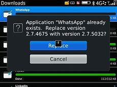 whatsapp for blackberry gets small update to v2 7 5032