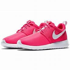 nike roshe one kinder sneaker hyper pink white sport