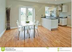 cucina e sala da pranzo sala da pranzo e cucina immagine stock immagine 2200871