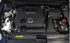 2008 nissan altima 3 5 engine midsize sedan comparison motor trend