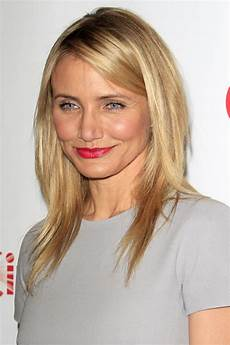 medium length layered hairstyles for round faces 25 stunning mid length hairstyles for round faces feed inspiration