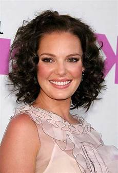Curly Hairstyles For Faces