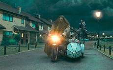 harry potter malvorlagen ukulele harry potter world hagrid ride universal studios unveils