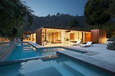Modern Houses From