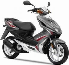 2010 Yamaha Aerox R 50cc Specs Yamaha Motorcycles
