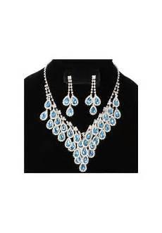 ensemble collier boucle d oreille ensemble collier et boucle d oreille pendant bleu