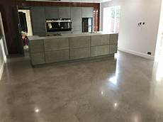 Estrich Als Bodenbelag - floor screeding from traditional sand and cement to