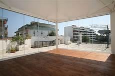 chiudere un terrazzo con vetri vetrata balcone gallery of chiudere terrazzo il chiudere
