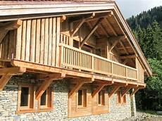 balcon bois extérieur charpente bottollier cordon haute savoie 74 menuiserie
