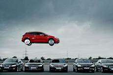 Opel Astra Iaa 2015 Werbespot Autobild De