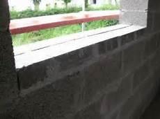 sichtschutz für fenster fensterbank hoehe direkt passend aufmauern zb mit mauerplatten passende fenstersims f 195 188 r die
