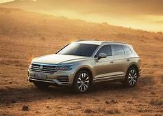 2020 VW Touareg Redesign Price & Release Date  USA