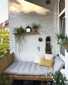 Balkon Ohne Dach Gestalten - balkonliebe summer balkon bohemian