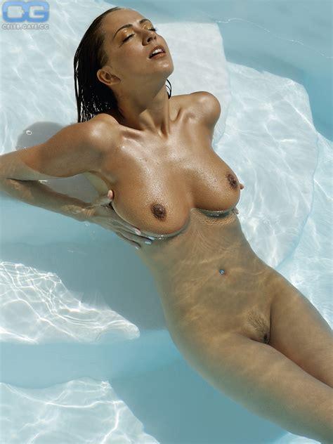 Ayden Mayeri Nude