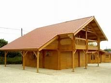 chalet à construire construire chalet bois jfr nature et bois chalet en bois