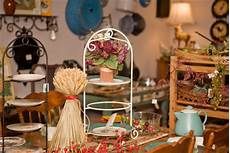 home decor shopping thrift shop decorating