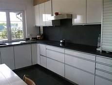 cuisine blanc laqué ikea meubles de cuisine meuble cuisine blanc laqu 233 ikea