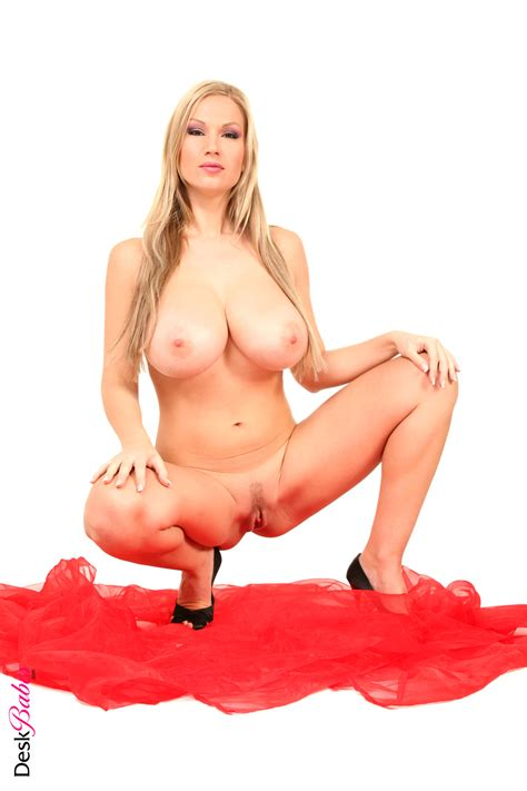 Jessica Chobot Tits