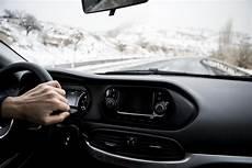 pour les voitures hybrides conseils d entretien hivernal