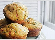 corn muffins with sweet red peppers_image