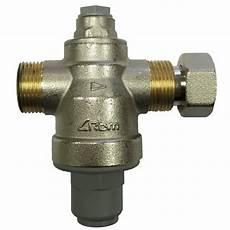 regulateur de pression chauffe eau r 233 ducteur de pression pour chauffe eau rinox due