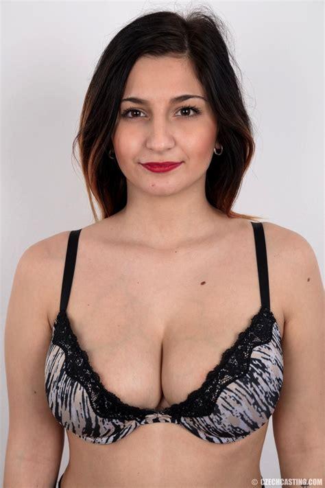 Lola Porn