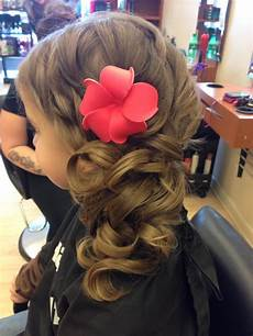 hairstyles for daddy daughter dance little girl daddy daughter dance style with flower girl hair dos flower girl hairstyles